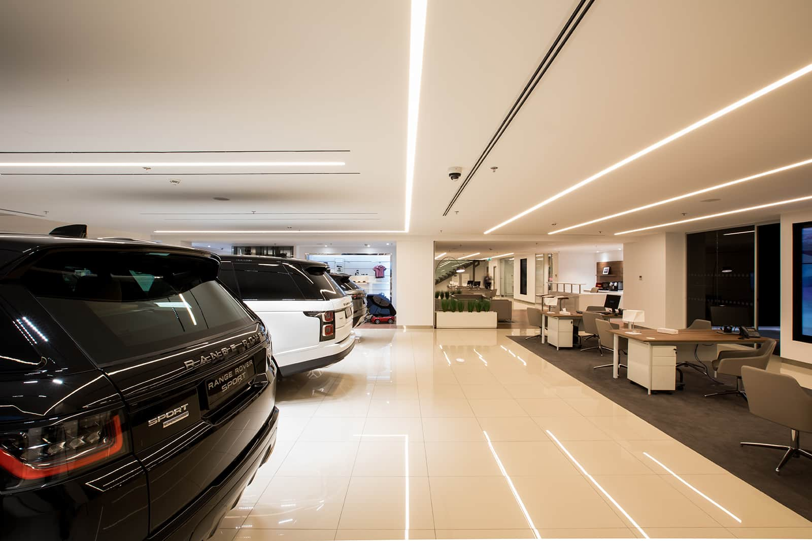 JAGUAR LAND ROVER SHOWROOM – AMMAN, JORDAN