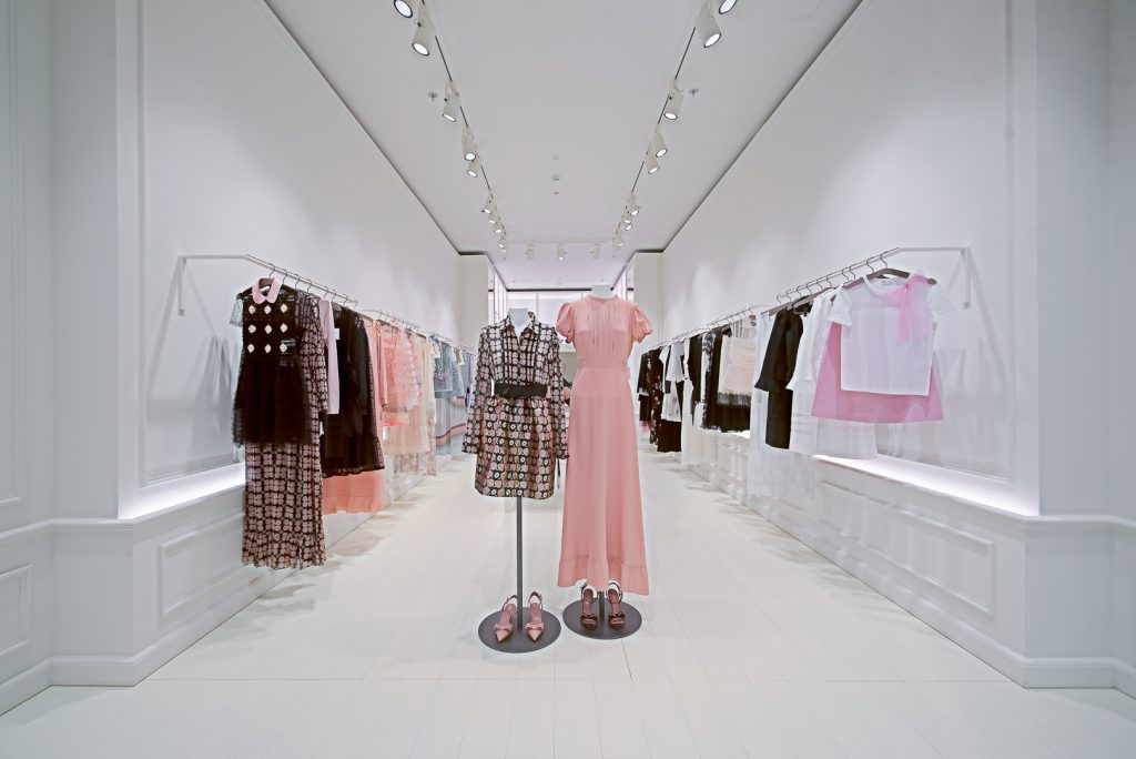 REDVALENTINO AT KINGDOM CENTRE – RIYADH, KSA