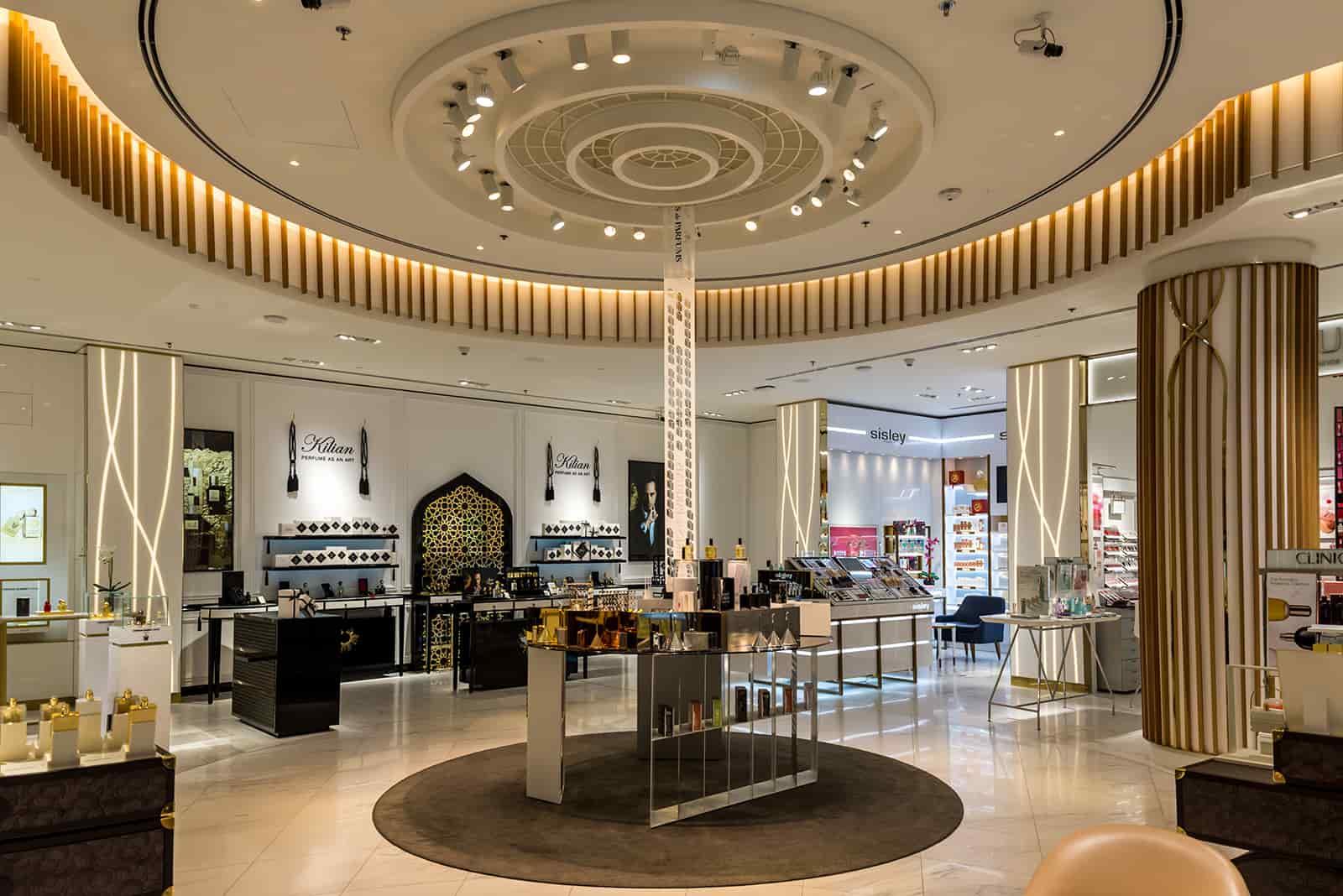 ROBINSONS – DUBAI, UAE