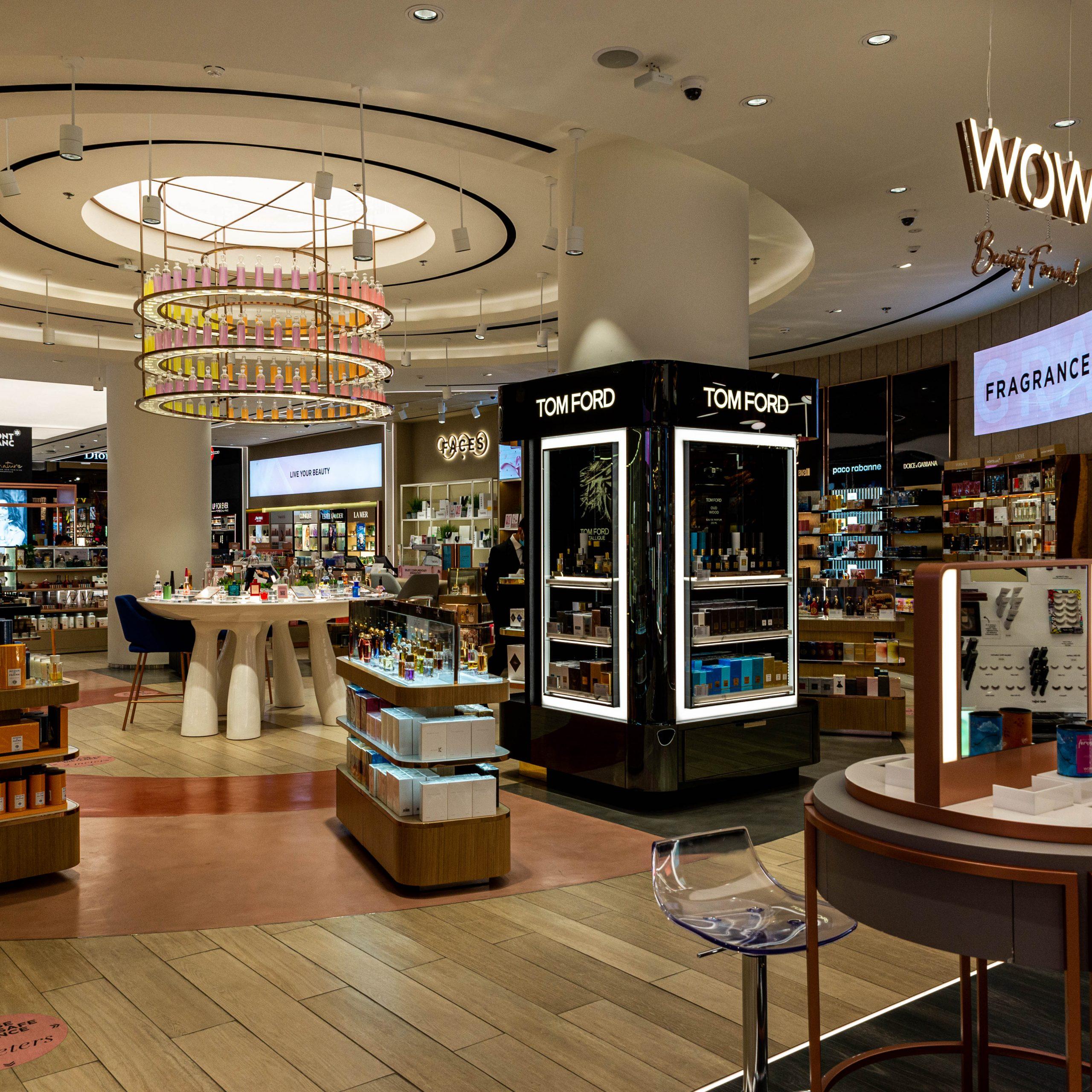 Faces at The Mall of the Emirates – Dubai, UAE